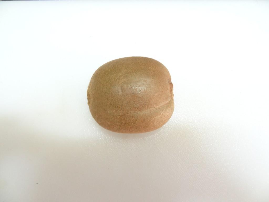 キウイ 乾燥前 皮つき